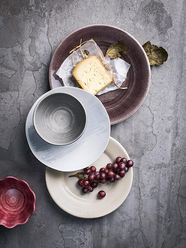 洋食器ブランドMATEUSのブラッシュコレクションの丸皿