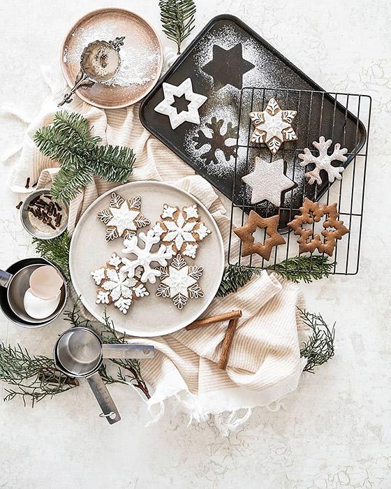ジンジャークッキーでクリスマステーブルをスタイリング