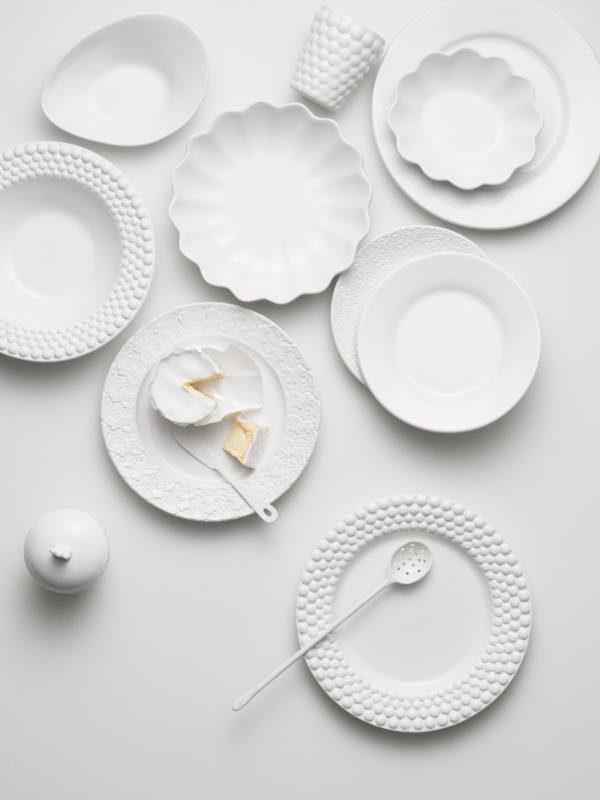 白いテーブルウェア