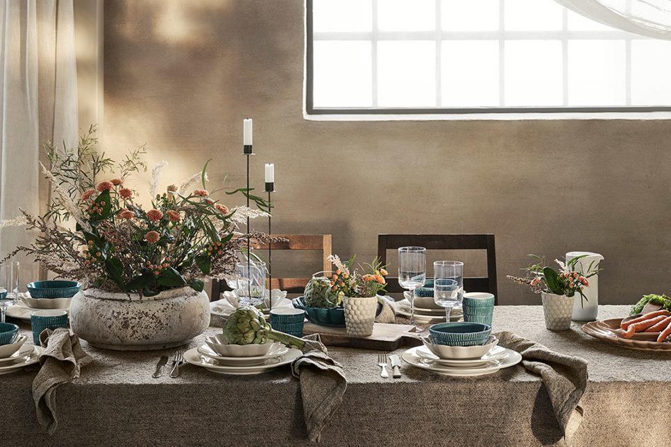 MATEUSの白い食器テーブルコーディネート