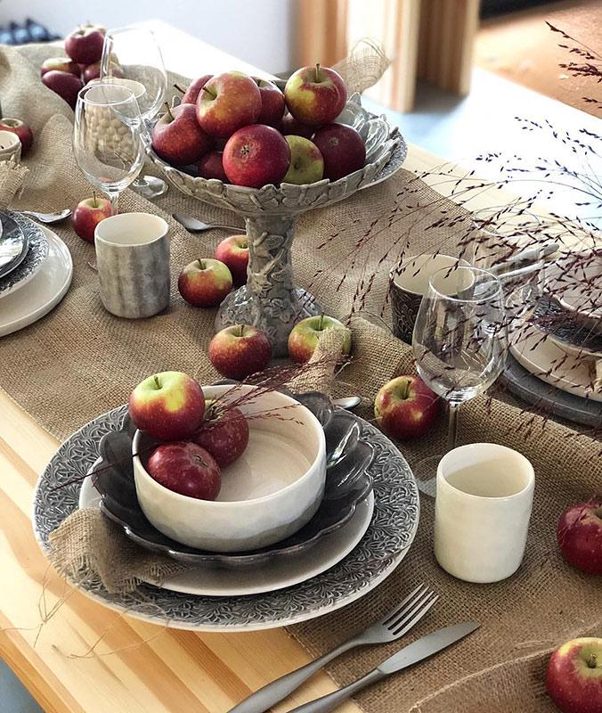 りんごが主役のテーブルコーディネート