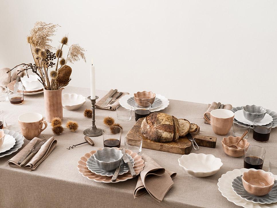 ナチュラルな質感のアイテムで秋のテーブルコーディネート Photo No. saczcn131