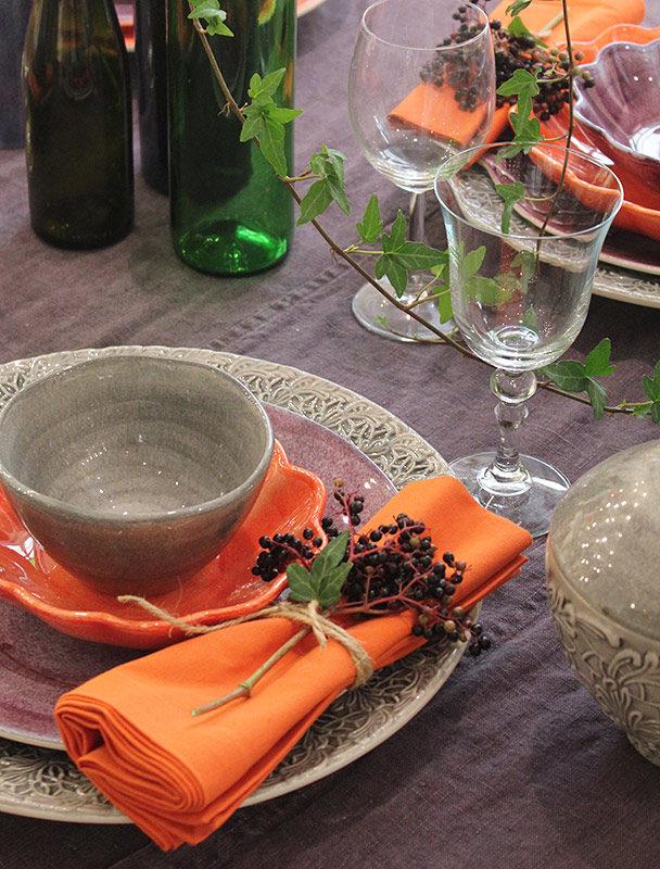 オレンジ・グレーの秋色テーブルセッティング