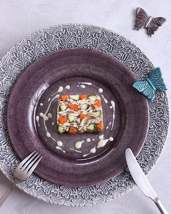 食器でインスタ映えする料理写真