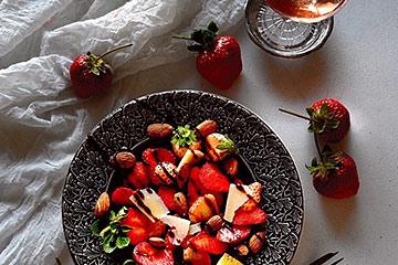 サラダにも使える北欧スウェーデンのおしゃれ食器