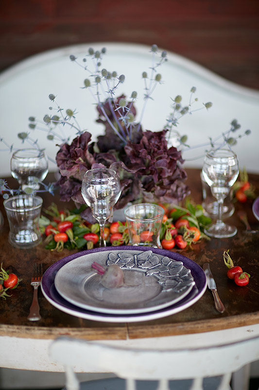 蝶々のディナー皿を使ったのテーブルコーディネート