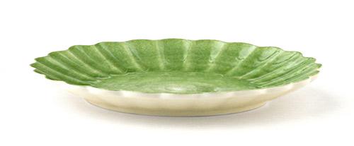 グリーンカラーのおしゃれなお皿