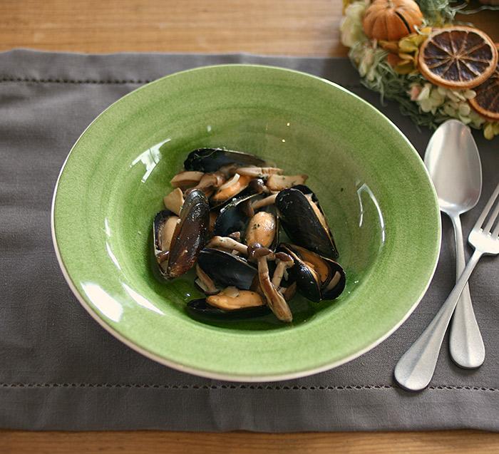 輸入食器のスープ皿